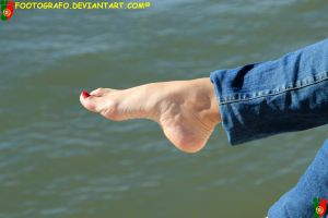 Feet and Water 5 by Footografo
