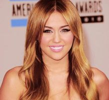 Miley Cyrus by katerzmileyfan