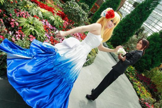 Shingeki no Kyojin - Wedding Historia Reiss Ymir by Xeno-Photography