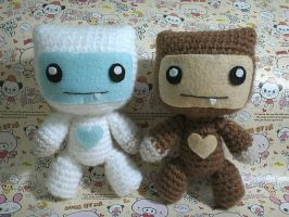 Yeti and Bigfoot amigurumi by NVkatherine