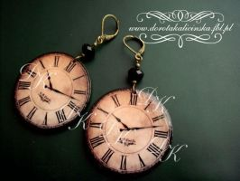 Antique Clocks no.9 by SamanthaBossy