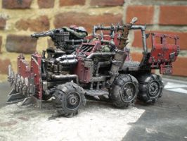 Ork Trukk by Punk-Noir