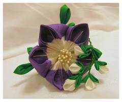 Large Bellflower Kanzashi With Bushclover by EruwaedhielElleth