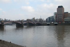 The River Thames by AnorexicWalrus