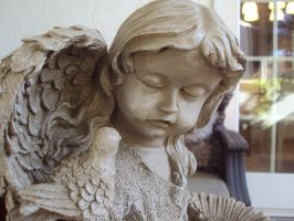 Angel Statue by AngelSaphireBlue