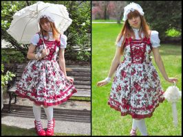 Lolita Fashion by Pompay