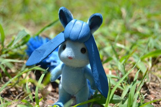 Glaceon Calico Critter pic 1 by Yo-Snap2