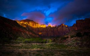 Sunrise at Zion National Park by gursesl