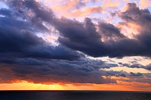 Clouds 6_1 by ximocampo