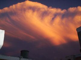 Nube atomica _ Atomic cloud by Lazlo-Moholy