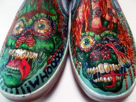 skulls shoes front by Zvalosch