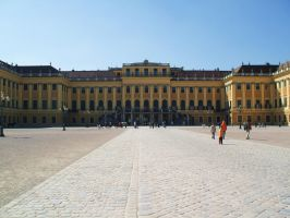 Front of the Schonbrunn Palace by Marssie