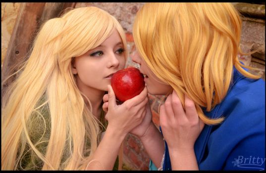 Nyotalia female Chibirisu and France - The apple by SharyNyanko