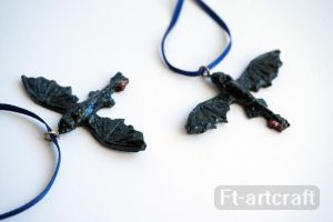 Toothless Necklaces by Ft-ArtCraft