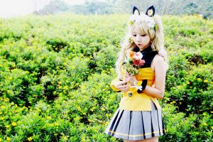 SeeU in Spring with white flower decorate by Millet686