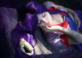 Hitagi's purple dream by Gennadia