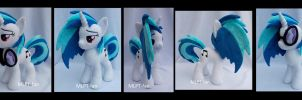 Vinyl Scratch new pattern! by MLPT-fan