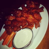 Hot Wings with Ranch by nosugarjustanger