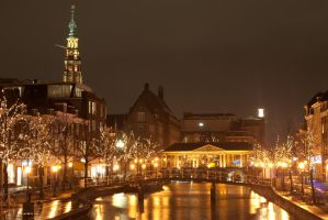Leiden at Night 2 by Swaal