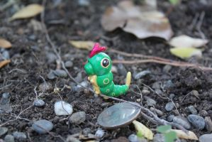 #010 Caterpie by AnnalaFlame