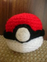 Pokeball V2 by CataCata23