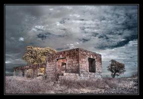 Old house. by israelfi