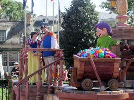 Snow White in the Parade by GarnetTribal0