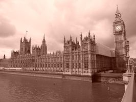 Parliament on the Thames by jmasker