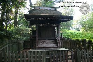 Shinto Shrine by leopardwolf