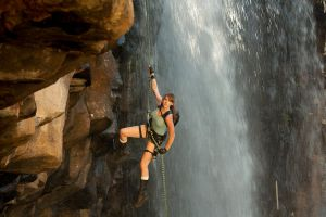 Tomb Raider Alternate: Abseil by JennCroft