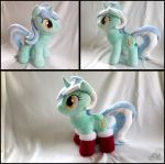 Lyra with Socks by OBCOR