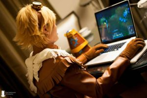 LoL: Ezreal by TheDarkroomOfDreams