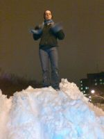 Queen of Snow Pile by Zinnestheyl