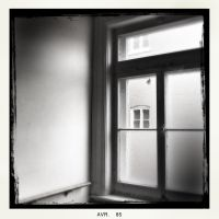 Window 45 by jfdupuis