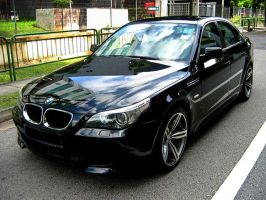 BMW 5 Series by shironranshiin