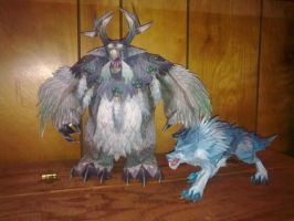 Papercraft Moonkin and Wolf by CalleStar