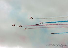 Red Arrows 14 by Takeshi-Toga