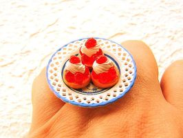 3 Berry Cakes Whip Cream Ring by souzoucreations