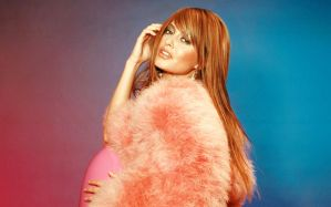 holly valance by floppe
