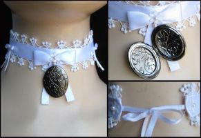 locket choker by trich