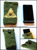 Triforce Cellphone Cozy by Wildphoenix22