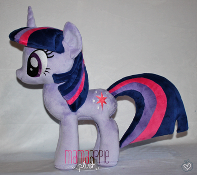 Twilight Sparkle Plushie by mamaapple