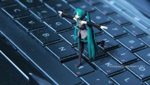 Hatsune Miku on My Keyboard Laptop by kurorofikkykakao