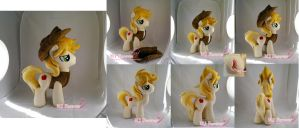 Braeburn plushie!!!!  :D by moggymawee