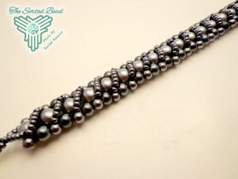Grey and Black Pearl RAW Bracelet by TheSortedBead
