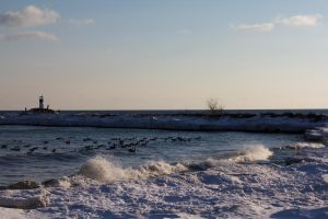 Breaking Waves in winter by Eternalfall1