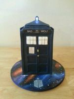 Bad Wolf Doctor Who TARDIS Cake by vampslayr4