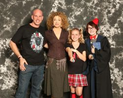 I MET ALEX KINGSTON AND SHE CALLED ME SWEETIE by FunGhoulGurl