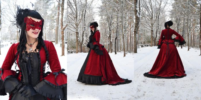 Gothic Medieval Dress by Ventovir