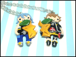 Riku/Sora BFF Necklace Set by GrandmaThunderpants
